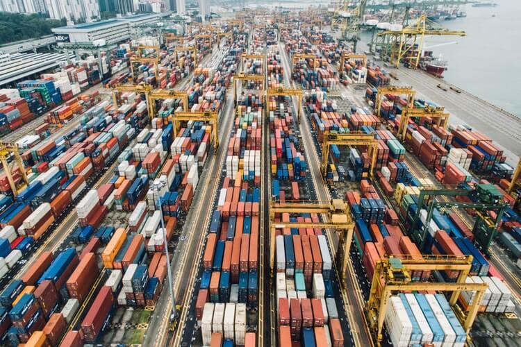 La Actividad Bancaria y el comercio exterior